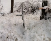 Mailbox in snow (2)